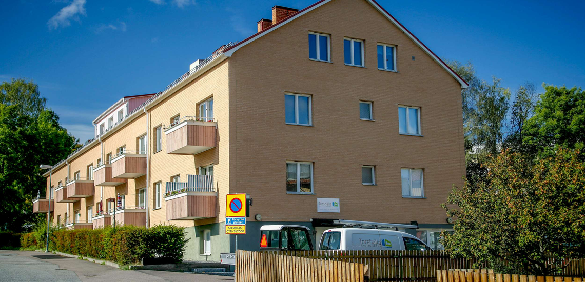 Bild på fastigheten på Drejargatan 5 i Torshälla.
